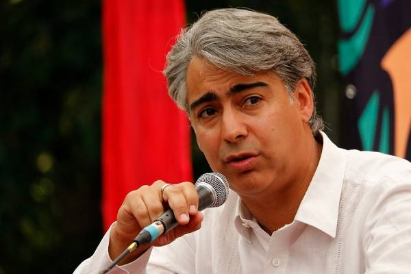 """ME-O: """"Si Joaquín Lavín es socialdemócrata, que se inscriba en la primaria nuestra y yo me inscribo con él"""""""