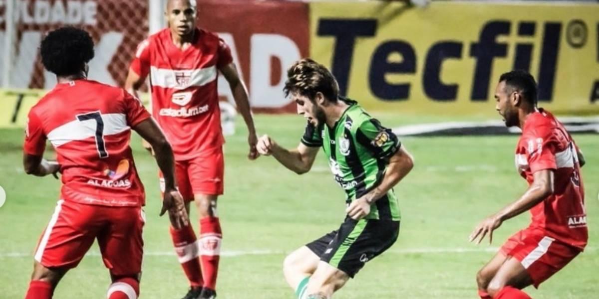 CRB x Avaí pelo Campeonato Brasileiro - Série B: Onde assistir o jogo ao vivo