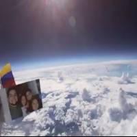 Jóvenes conquistan la estratósfera con una cámara atada a un globo con helio