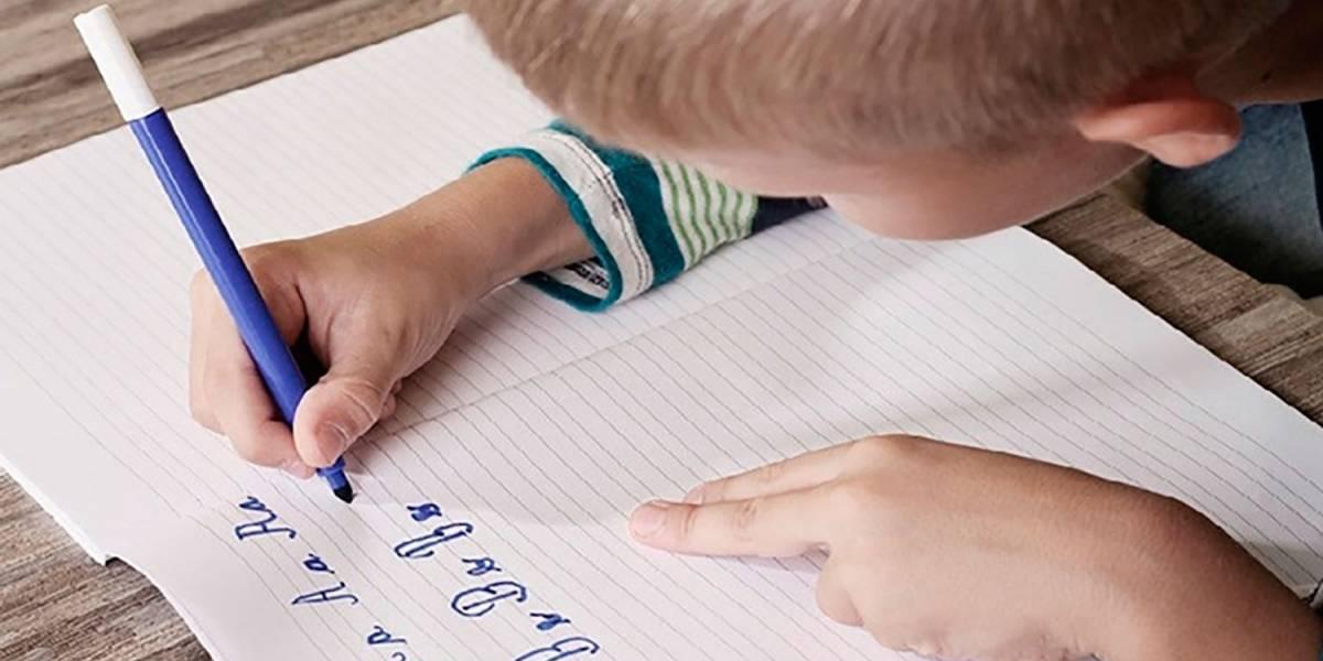 Escribir a mano ayuda a los niños a aprender más y memorizar mejor, según estudio