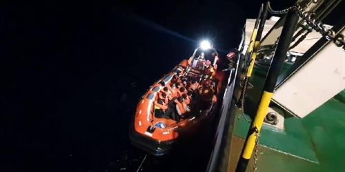 """Liberan al barco """"Open Arms"""" de su cuarentena en Palermo: vuelve al rescate de refugiados"""