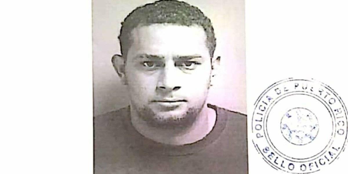 Arrestan a hombre por violaciones a la Ley 54 en Caguas