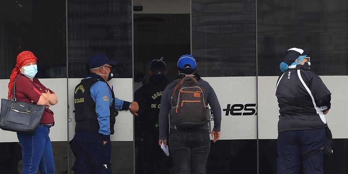 Ecuador pasa los 141.000 casos de COVID y suma 11.647 fallecidos