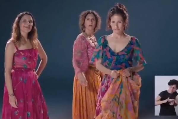 """Desde """"el Chingao"""" hasta Romané: personajes icónicos de las teleseries aparecen en franja del Apruebo"""