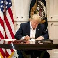 Trump aún no se encuentra fuera de peligro, reconoce su médico