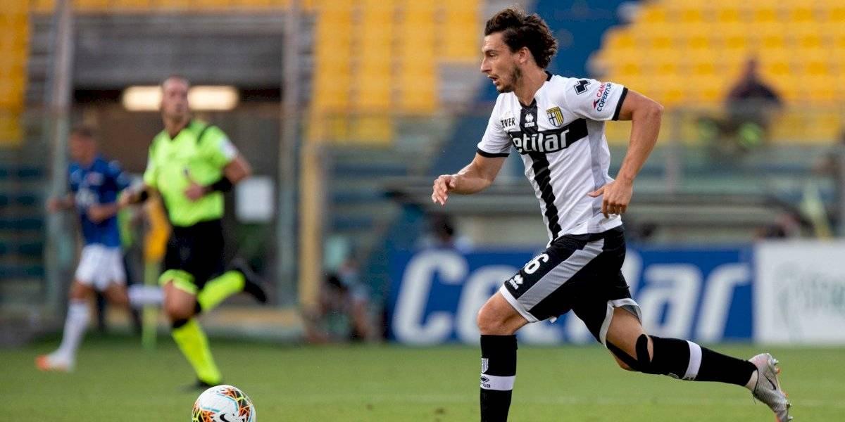 Nuevo compañero para Alexis y Vidal: Inter oficializa el fichaje de ex defensa del Manchester United