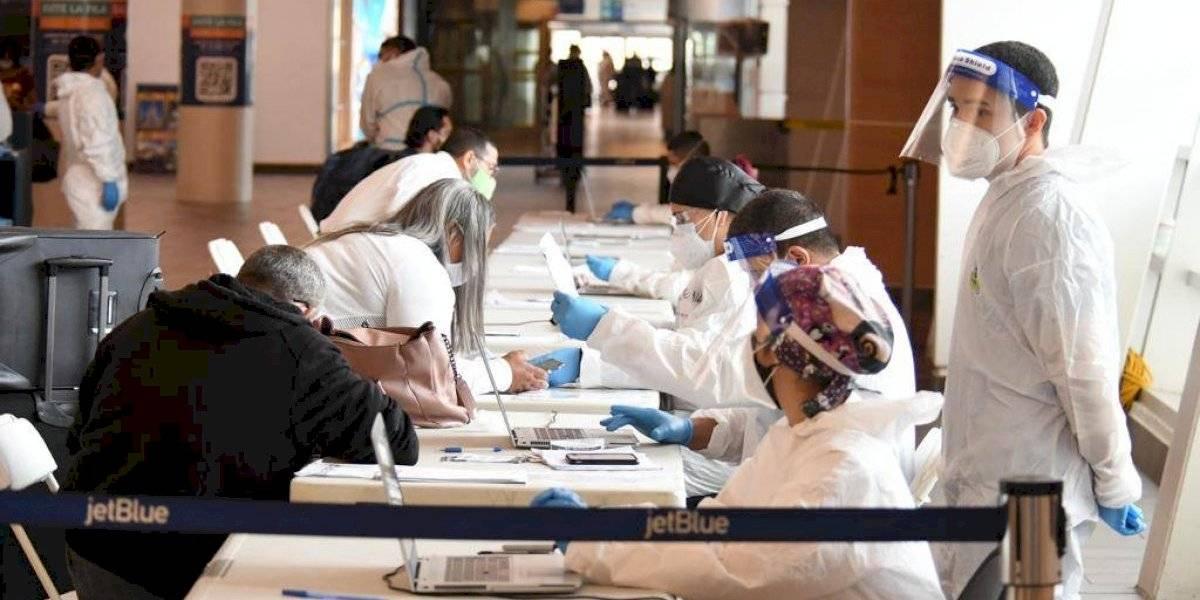Epidemióloga de Salud asegura se monitorea el 94% de los pasajeros que llegan al Aeropuerto Muñoz Marín