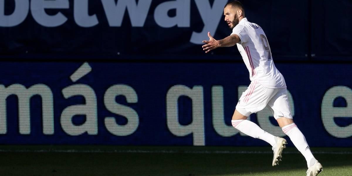 """El """"Gato"""" Benzema, amado y odiado, ya tiene 250 goles en el Madrid"""