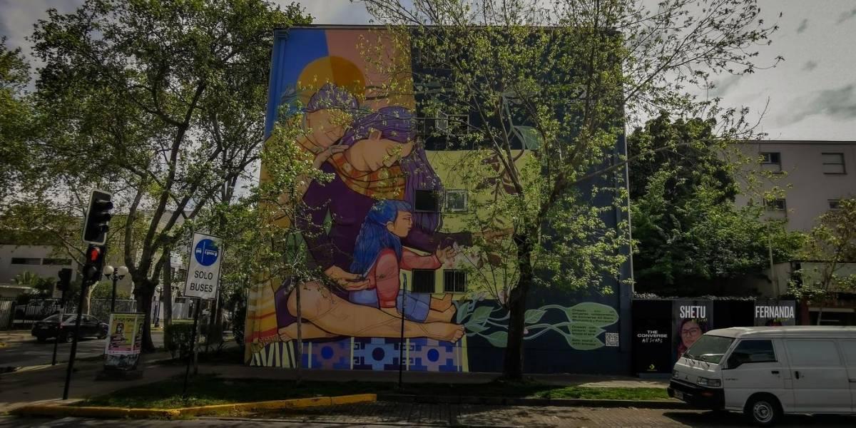 Este es el primer mural en Chile hecho con pintura que entrega oxígeno: equivale a 300 árboles