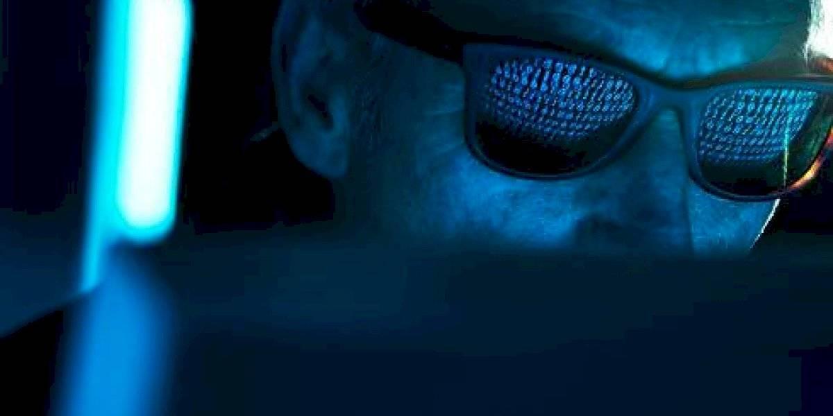 Qué es QAnon, la teoría conspirativa que Facebook prohibió de todas sus plataformas