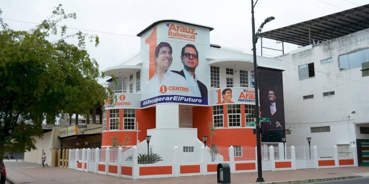 Un día después de la inauguración, Municipio de Guayaquil clausura central política del movimiento Centro Democrático