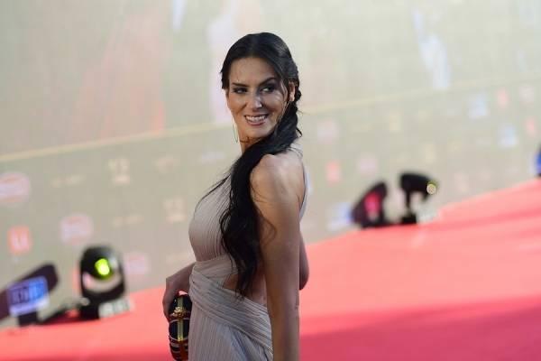 """Adriana Barrientos se toma las redes con su apoyo al Apruebo y avisa: """"Me encantaría ser constituyente"""""""