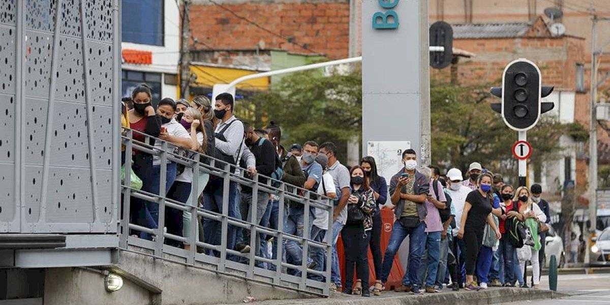 ¿Qué pasó con el distanciamiento social en el transporte público de Medellín?
