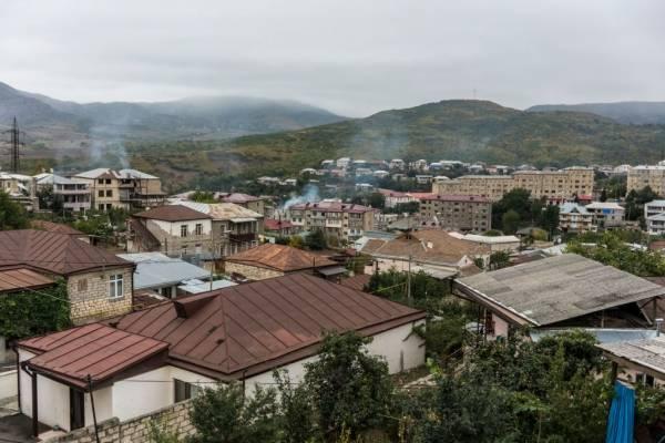 Azerbaiyán acusa bombardeo de civiles por parte de Armenia y el mundo comienza a pedir un cese al fuego