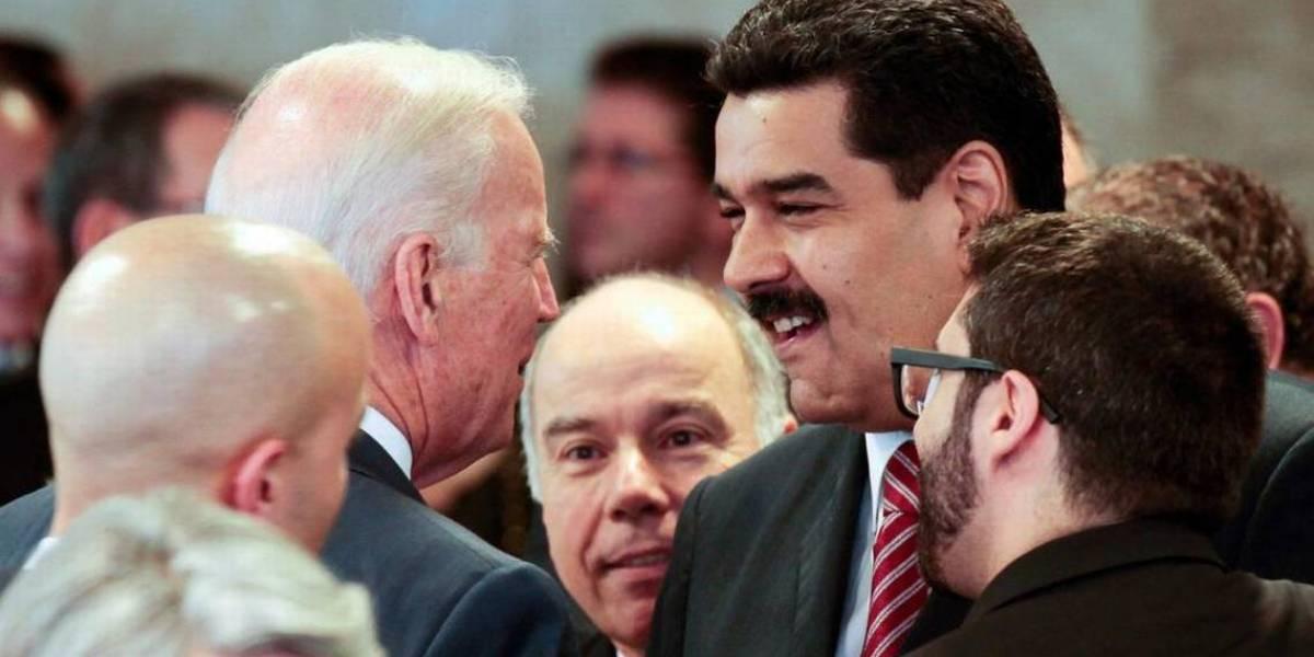 """Partió la guerra sucia electoral: publican foto de Biden con Maduro para tildarlo de """"procomunista"""""""