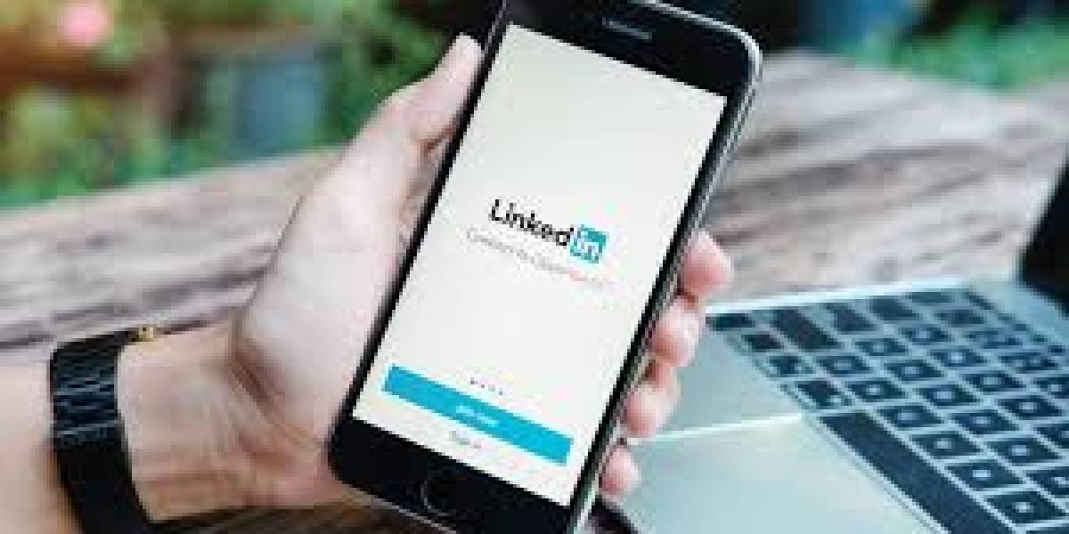Cómo usar las redes sociales para conseguir el trabajo que deseas