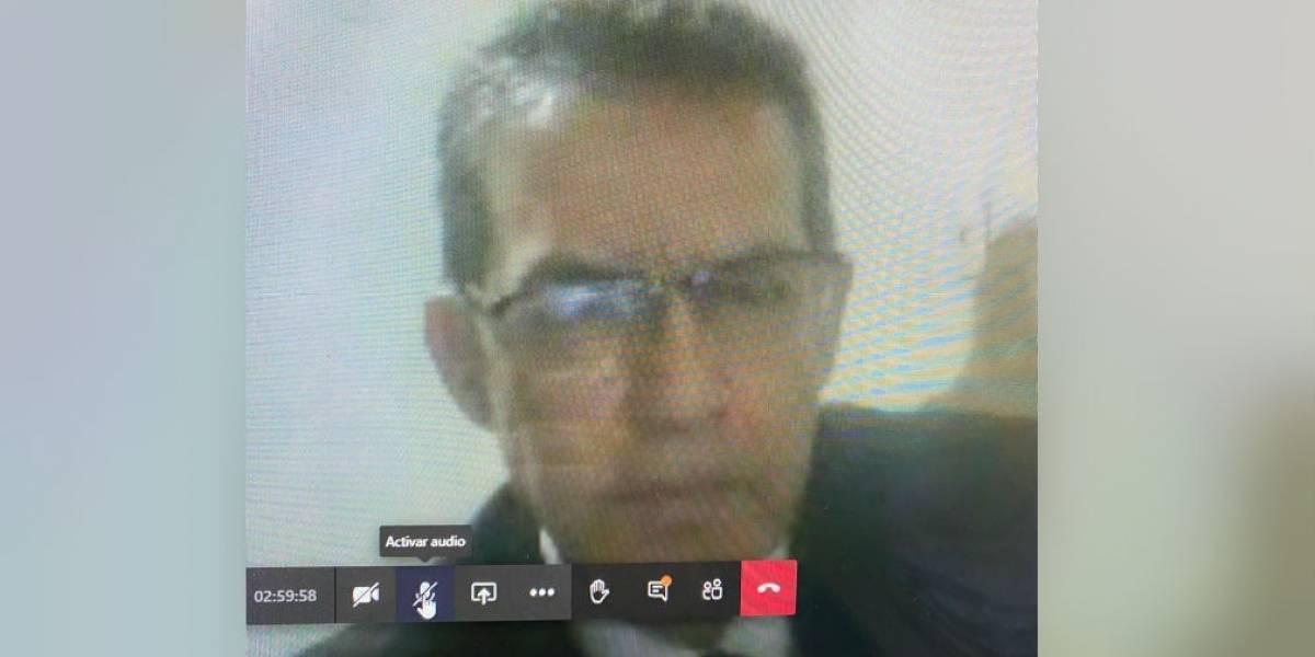 Ginecólogo que abusó de una paciente en cita médica, se voló en plena audiencia virtual
