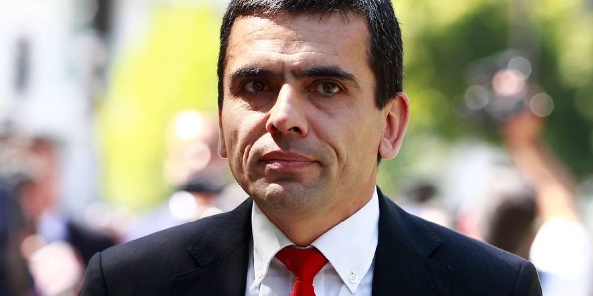 """""""Pasó Ponce Leurou y dijo paren de robar"""": exfiscal Gajardo no dejó pasar la derrota de Chile"""
