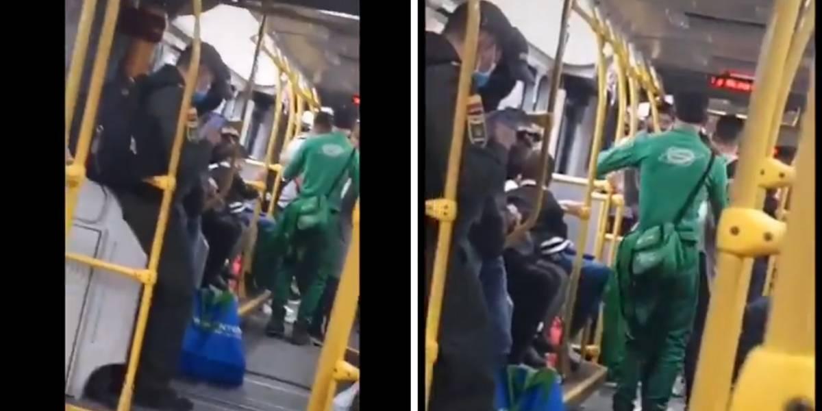 Como si no hubiera pandemia, varias personas armaron baile en un bus de TransMilenio