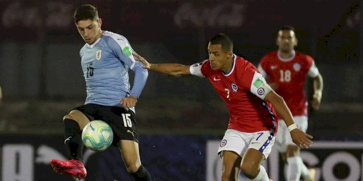 Volvieron los triunfos morales: Chile cae ante Uruguay con polémica y mostrando un buen rendimiento