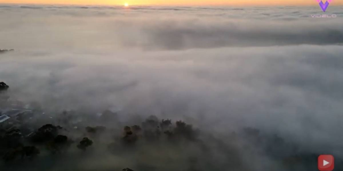 Desconecta.- Filman un mar de nubes cubriendo las colinas de Adelaide