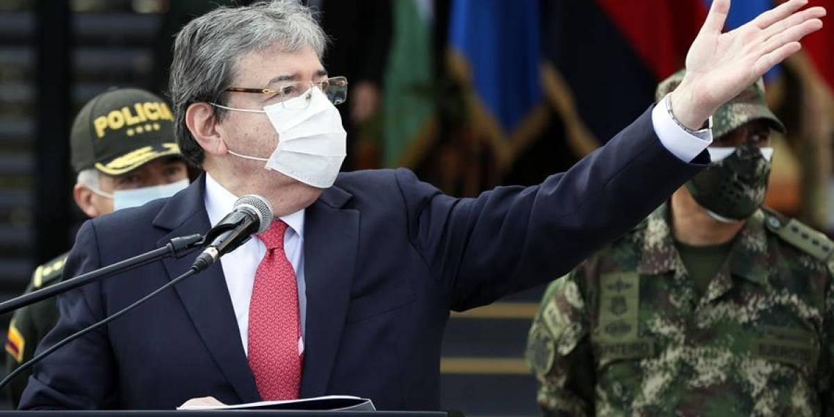 Carlos Holmes Trujillo fue hospitalizado tras dar positivo para coronavirus