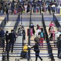 Extienden hasta el 2023 fecha para implementar el Real ID en aeropuertos