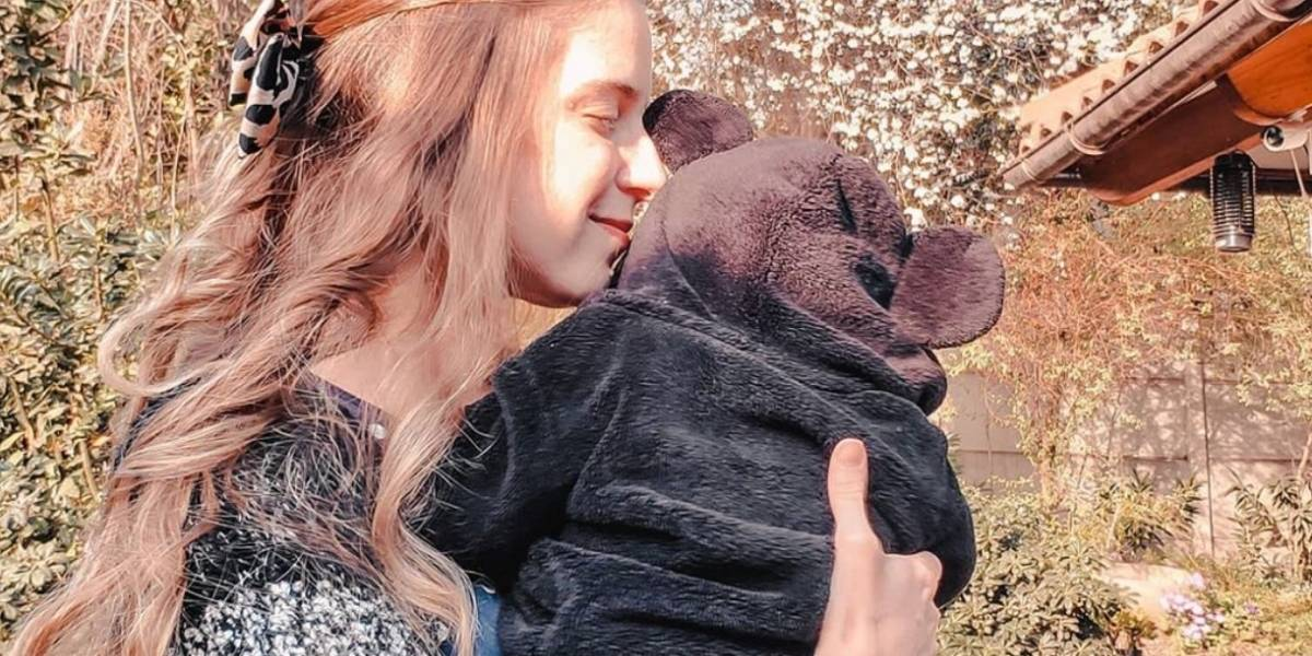Hasta amenazas: Alison Mandel revela los mensajes que recibe por no mostrar el rostro de su bebé
