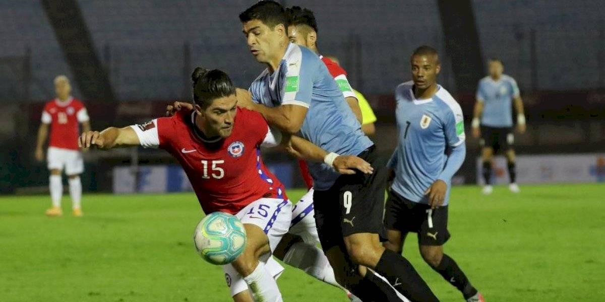 Luis Suárez le gritó el gol en la cara y le dedicó un gesto humillante a Francisco Sierralta