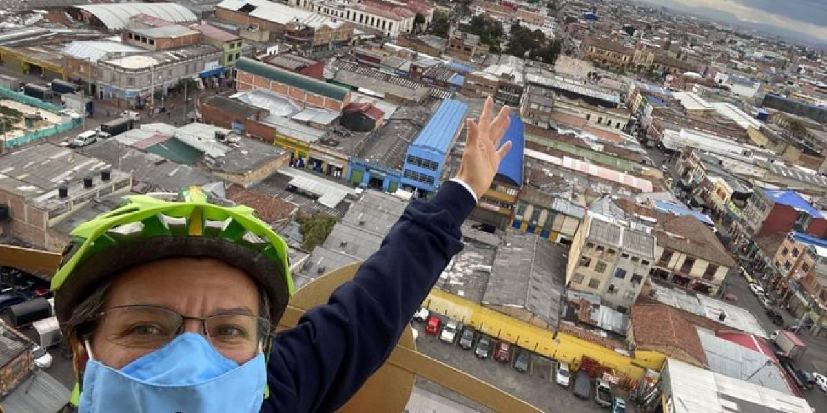 Alcaldesa de Bogotá advierte que vendedores informales deberán pagar por uso del espacio público