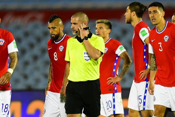 """Pablo Milad: """"Pediré los audios del VAR y el castigo del paraguayo como árbitro FIFA"""""""