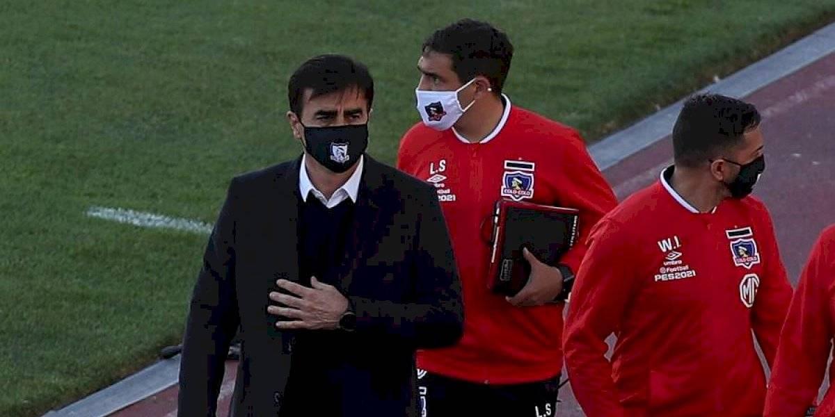"""Gustavo Quinteros quedó molesto en su debut con Colo Colo: """"Sufrió todo Chile ayer con el VAR y hoy nos tocó a nosotros"""""""