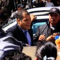 Movimiento político de Rafael Correa cree que la Interpol se negará a arrestarlo