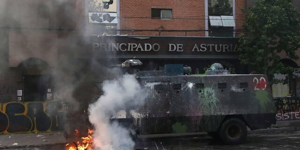 Incendio y destrucción de hotel en la Plaza Italia: más de 20 años de cárcel arriesgan tres imputados por vandalismo