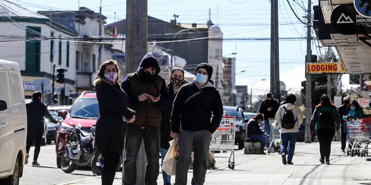 Magallanes en fase crítica por contagios de covid-19: Minsal llama a usar mascarillas dentro del hogar