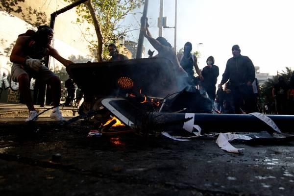 """""""Son terroristas de la ciudad"""": el nuevo calificativo del alcalde Alessandri a los manifestantes de Plaza Italia"""