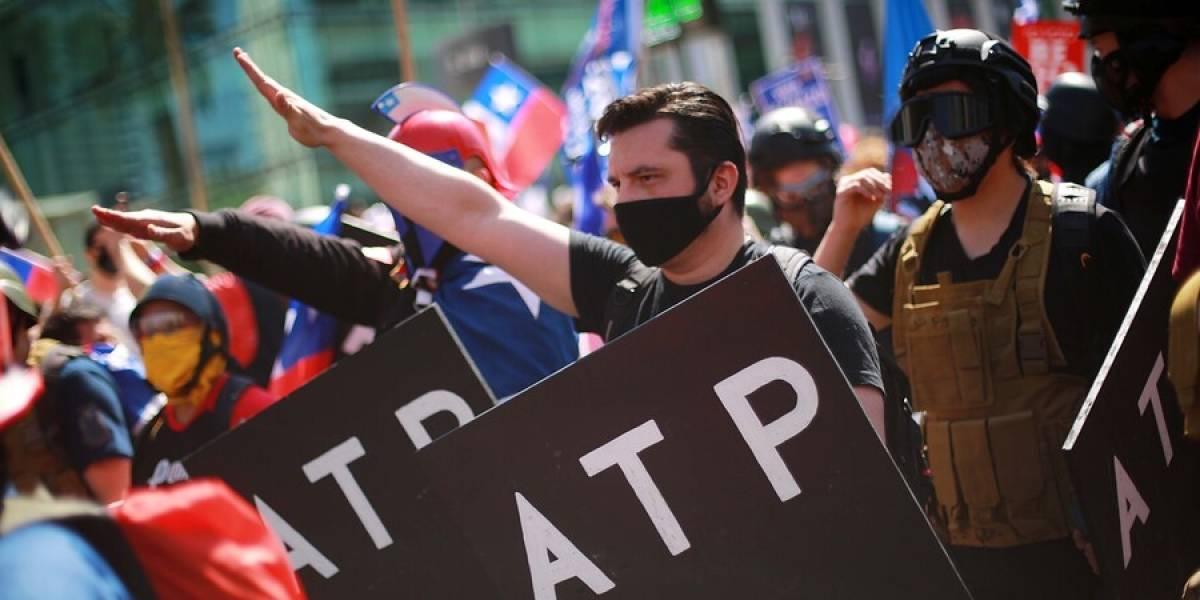 """INDH repudia saludo nazi en marcha del Rechazo y llama a """"erradicar gestos que promuevan odio y violencia"""""""