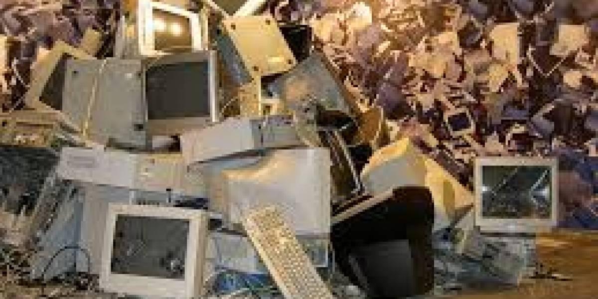 Campaña para reciclar chatarra electrónica: computadores donados por empresas se reacondicionan para los colegios