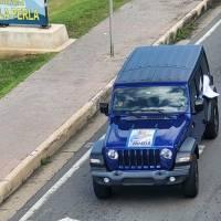 Populares y penepés continúan haciendo caravanas políticas