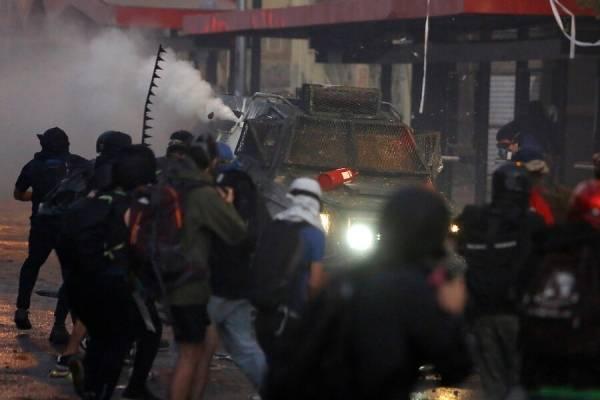 """Partido Comunista y violencia en Plaza Italia: """"¿Cómo voy a condenar una cosa tan menor?"""""""