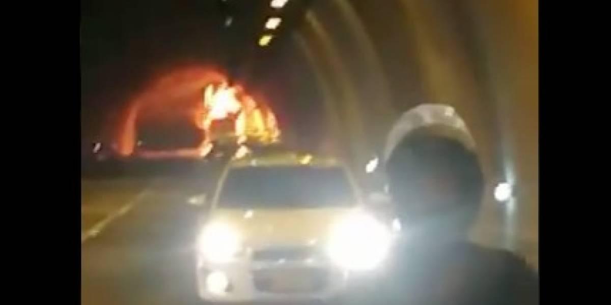 Bus intermunicipal se incendió en el túnel que de Melgar conduce a Bogotá