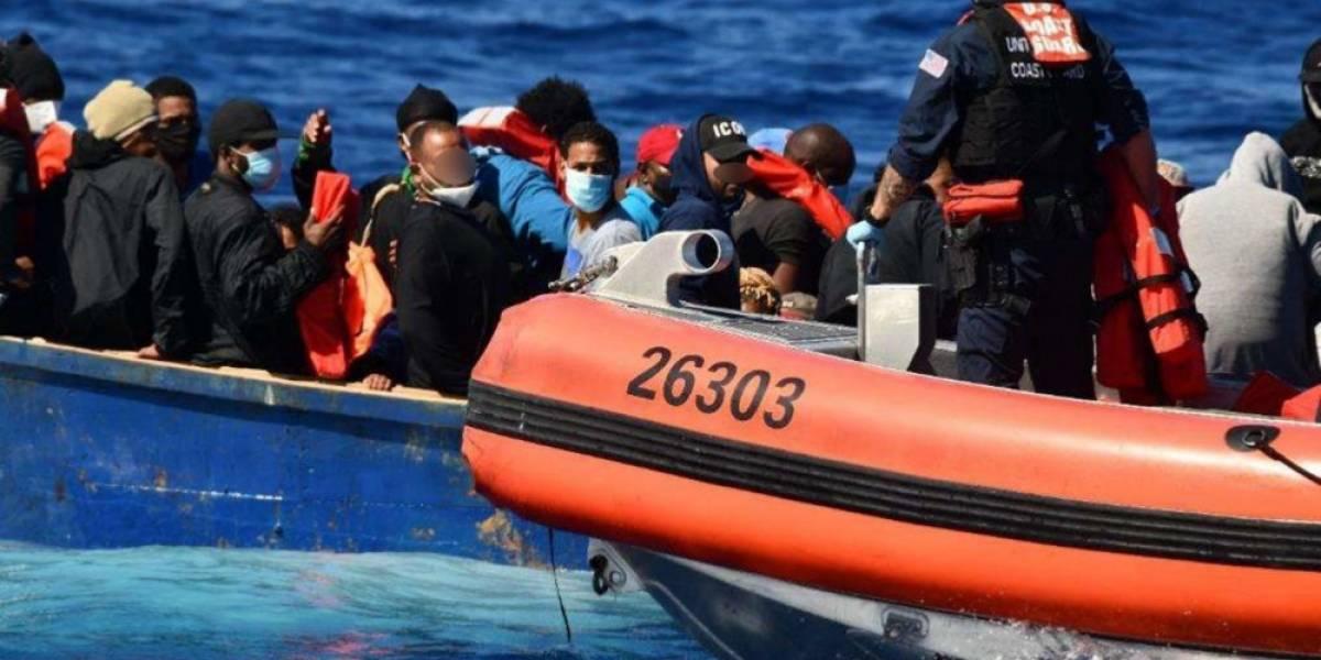 Guardia Costera repatria a 45 migrantes a República Dominicana