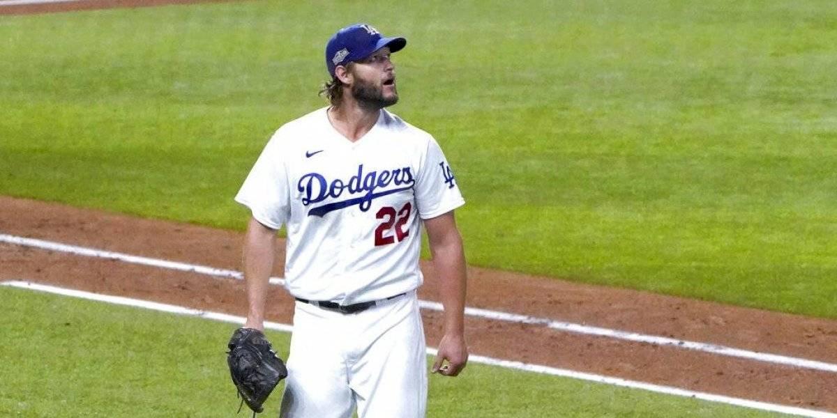 Dodgers descartan a Clayton Kershaw por dolencia en la espalda