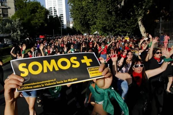 ¿Y Chile cuándo? España multará a empresas con brecha salarial entre hombres y mujeres