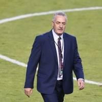"""""""Somos 17 millones de ecuatorianos entrenando a La Tri"""": DT Gustavo Alfaro tras victoria ante Uruguay"""