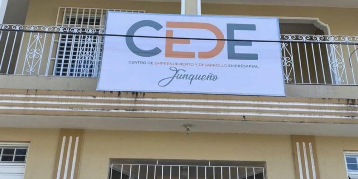 Abren centro de ayuda a comerciantes y empresarios en Juncos