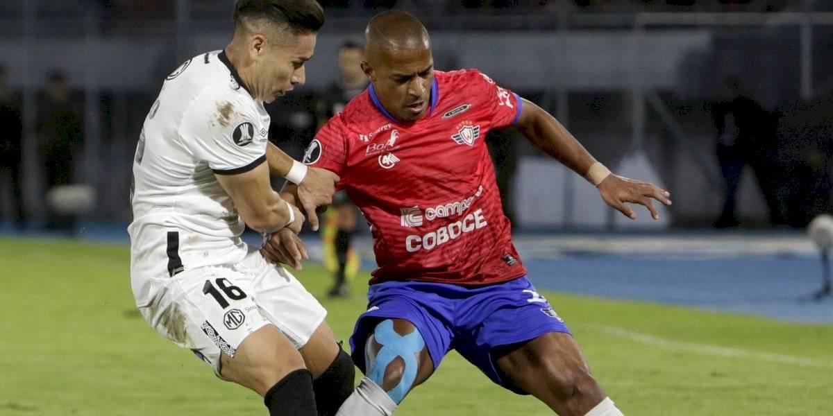 Rival de Colo Colo en la Libertadores se fue a paro por problemas con la dirigencia