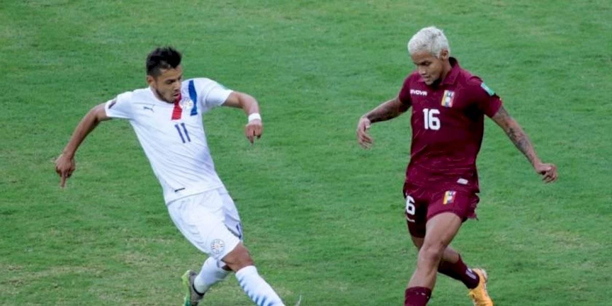 ¡Vino amargo! Venezuela sufrió otra derrota en las Eliminatorias y se aleja del Mundial (🇻🇪 0-1 🇵🇾)
