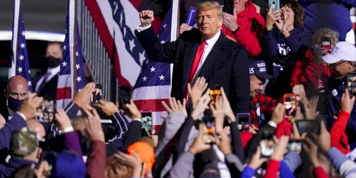 Donald Trump a la defensiva en estados indecisos