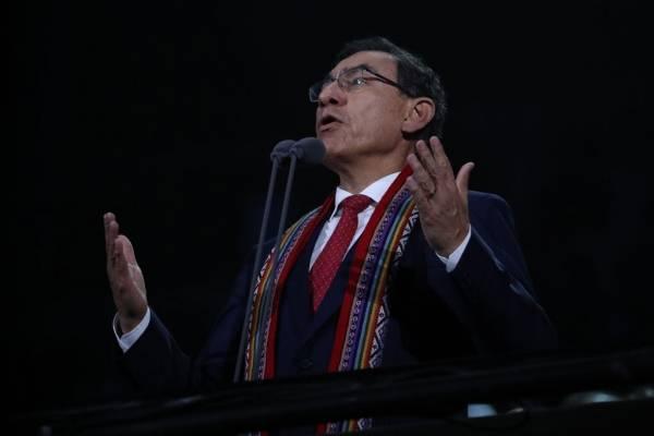 Indignación total en Perú contra el chileno Bascuñán: hasta el presidente Vizcarra lo criticó